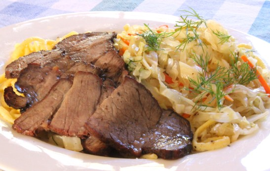 smoked chuck roast spaetzle spicy braised cabbage2